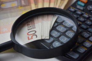 Kalkulačka oddlužení: nezabavitelná částka a srážky při insolvenci 2020