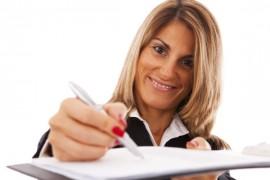 Platíte vysoké splátky a nevycházíte s penězi? Konsolidace půjček vám pomůže snížit měsíční splátky úroky. Ušetříte peníze.