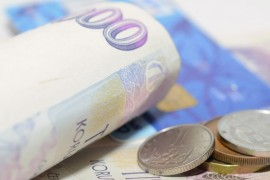 Schází vám peníze před výplatou? Vyřeší to ověřená půjčka před výplatou, peníze dostanete ihned na účet.
