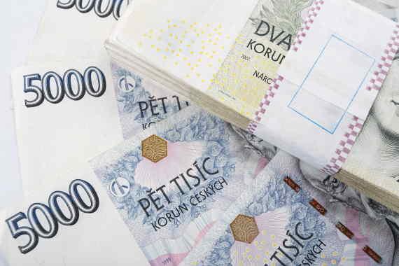 Potřebujete rychle půjčit peníze? Tato půjčka nabízí až 15 000 Kč do 10 minut. Jako nový klient můžete mít vše zadarmo. Bez placení úroků a poplatků. U běžné půjčky můžete dostat až 30 000 Kč na cokoliv. Peníze máte ihned na účtu v bance. Splatnost může být prodloužena až na 11 měsíců.